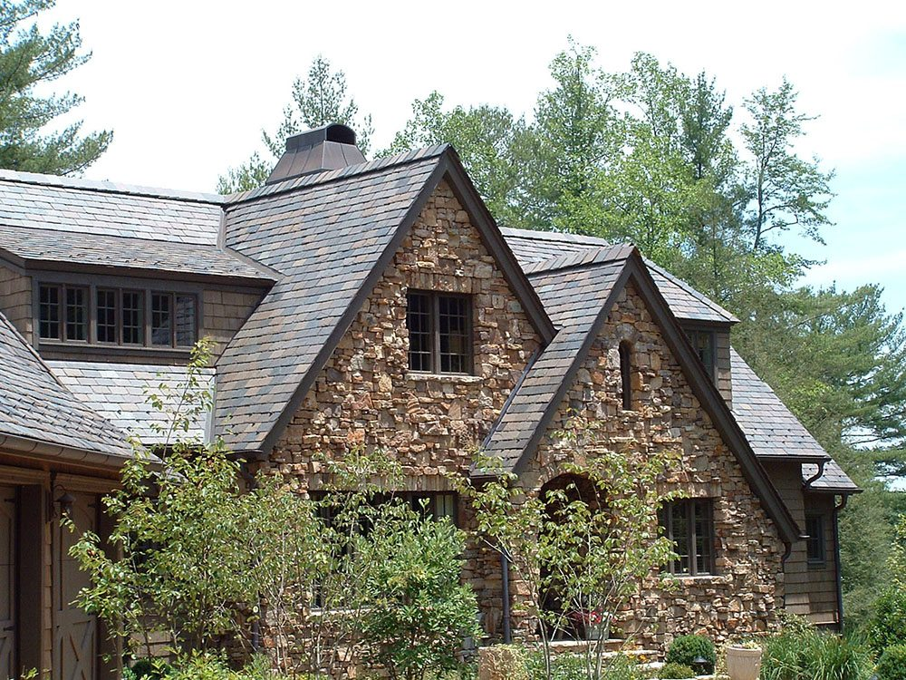 4 Unique Slate Roofing Shape and Design Inspirations - Black