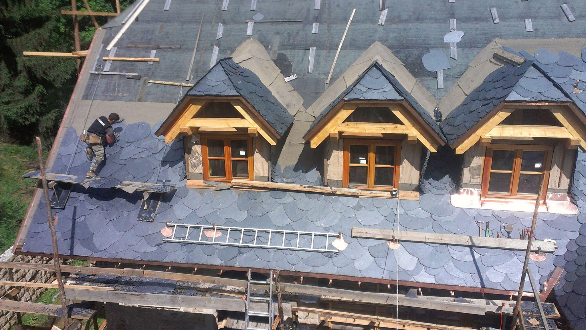 Flagstone Slate Roofing Black Diamond Slate Tile Amp Roofing